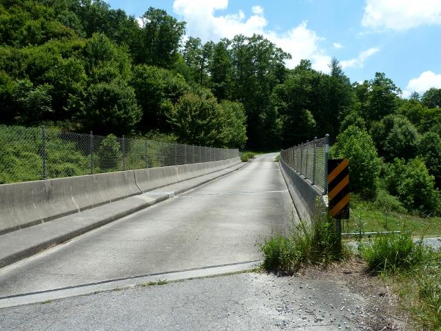 Tanyard Gap, US 25/70 Overpass